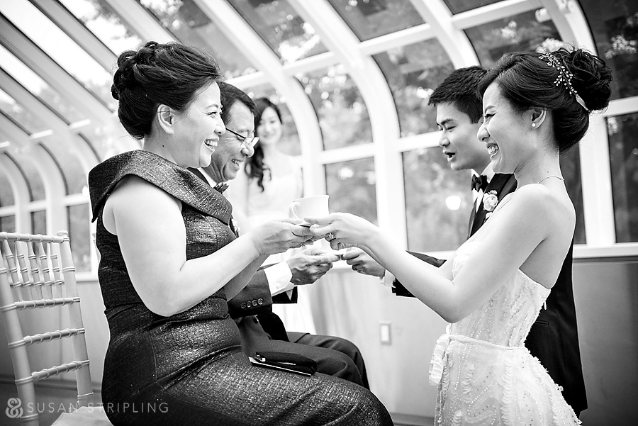 brooklyn botanical garden wedding tea ceremony