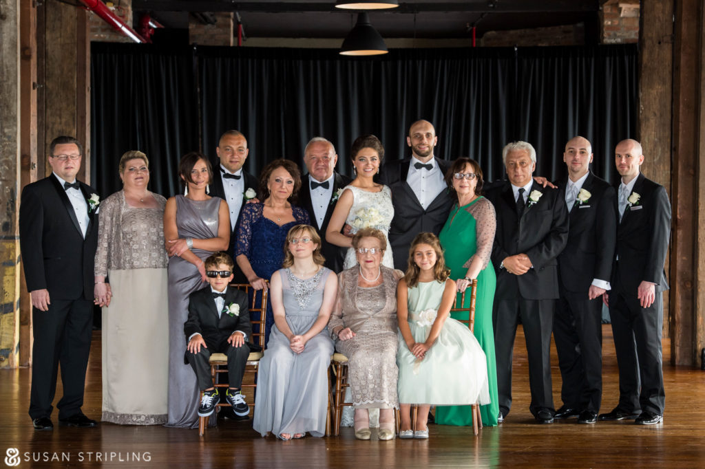 Family pictures at weddings photography