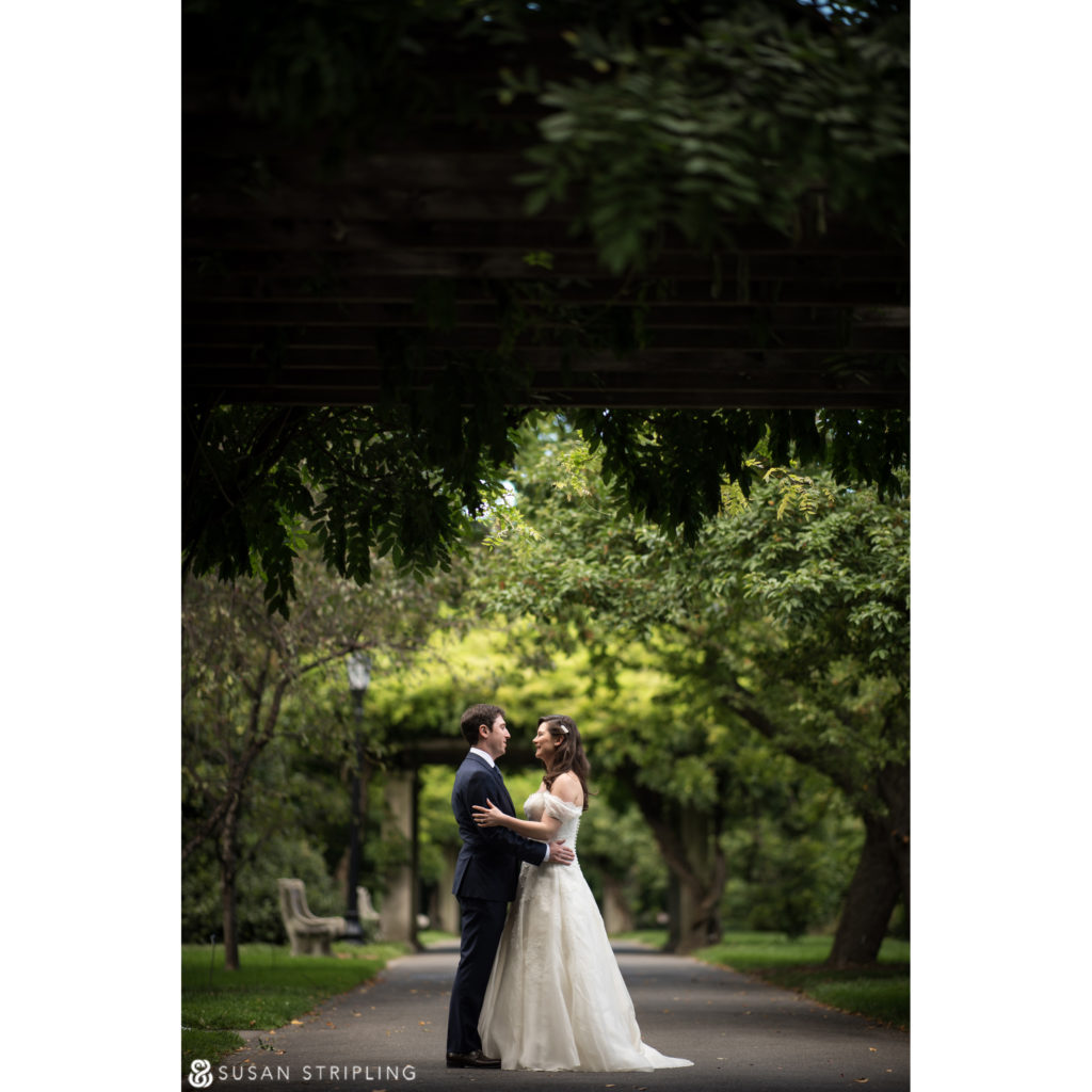 Fall Wedding at the Brooklyn Botanic Garden pictures