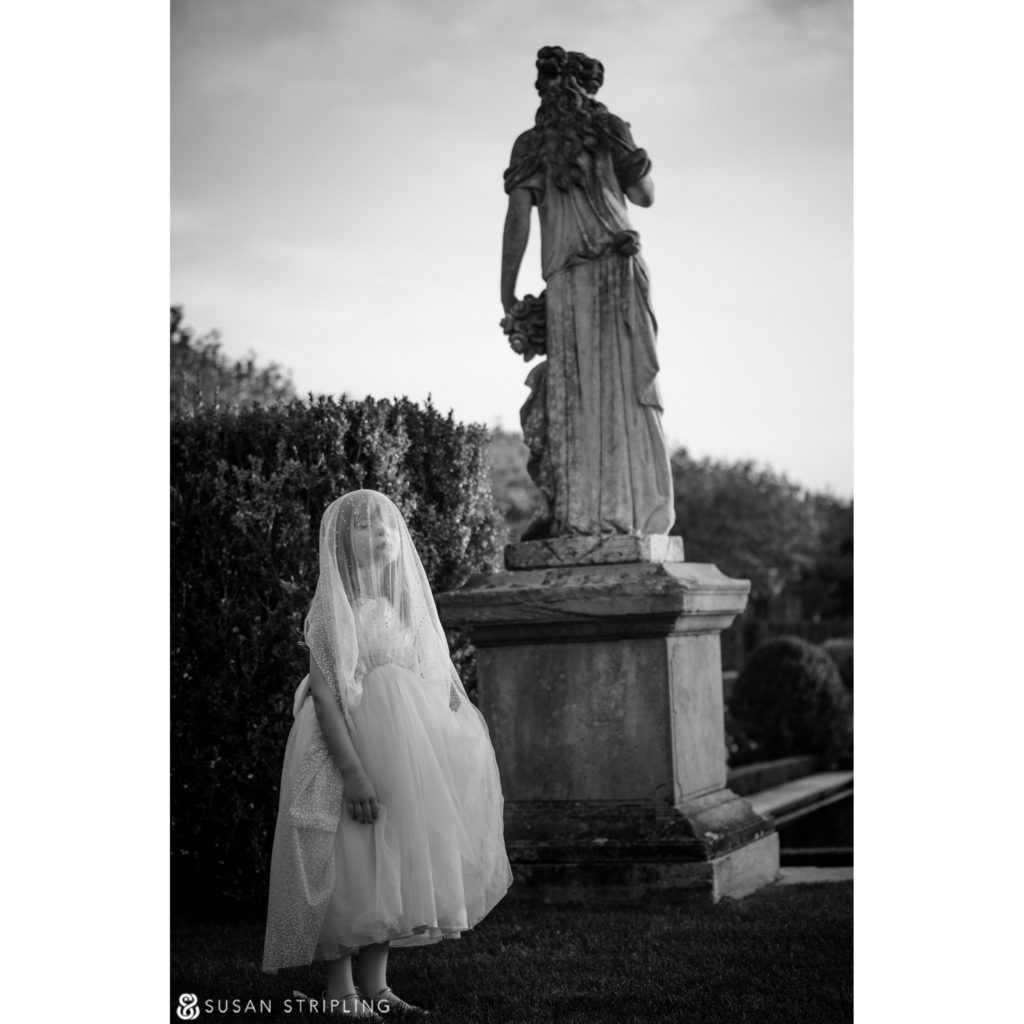 Outdoor Wedding at Oheka Castle timing