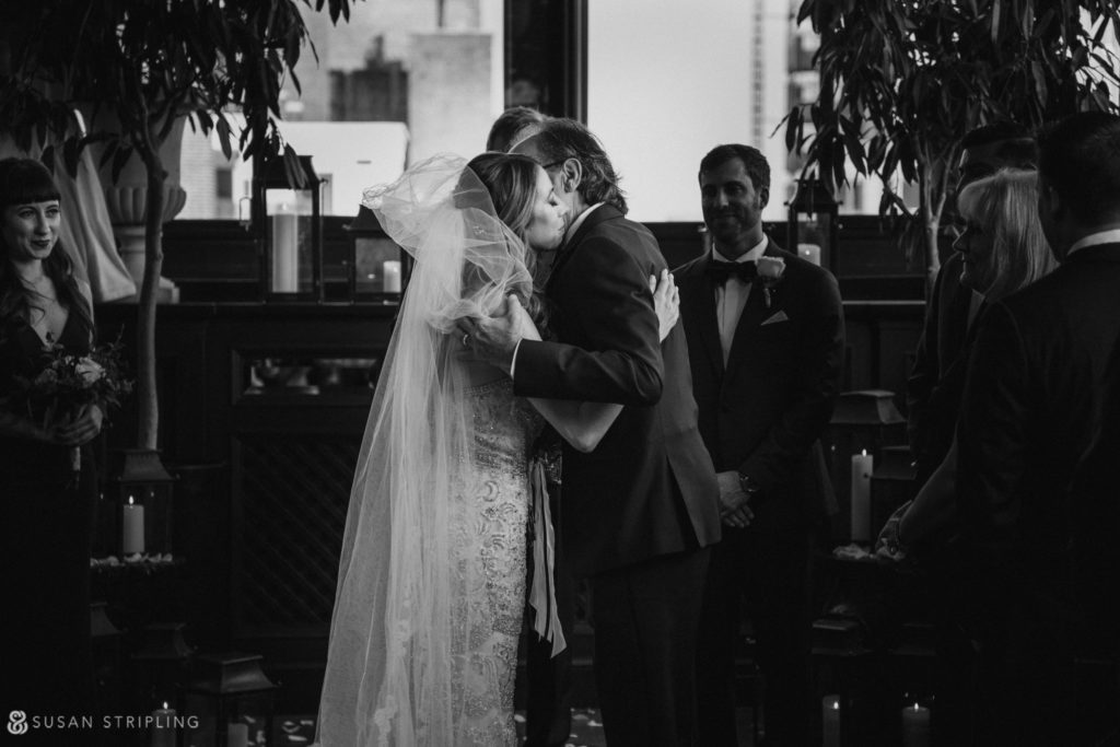 gramercy park hotel wedding ceremony in black and white