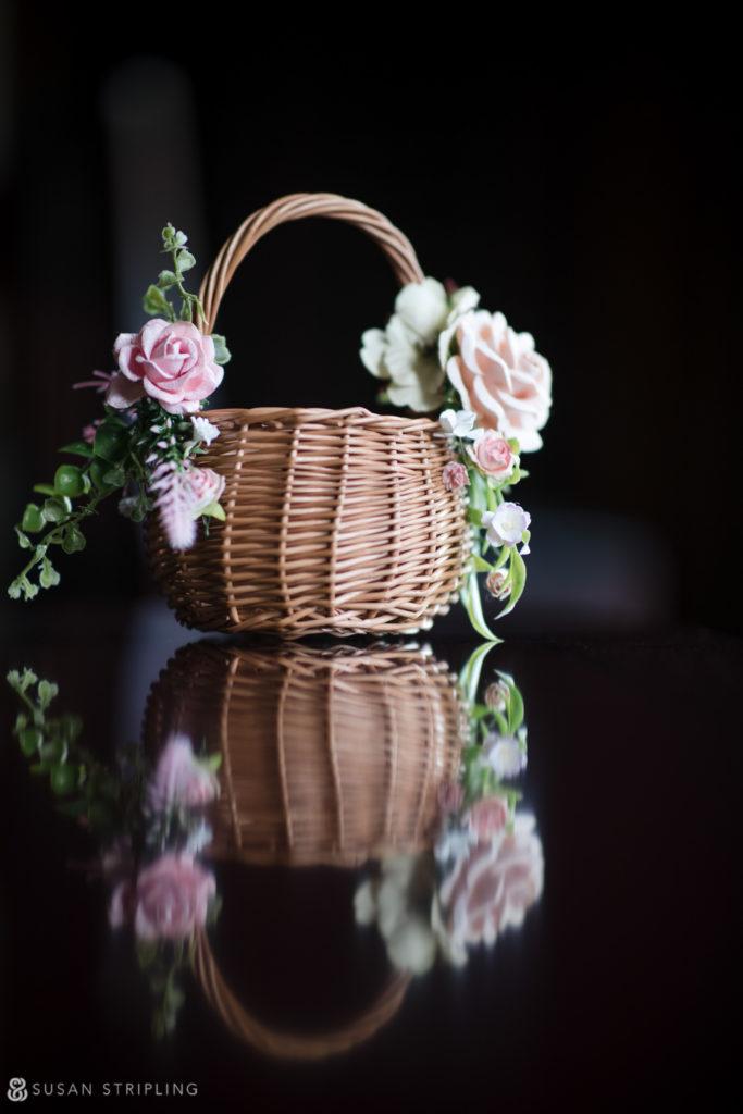 lessings whitby castle wedding florist